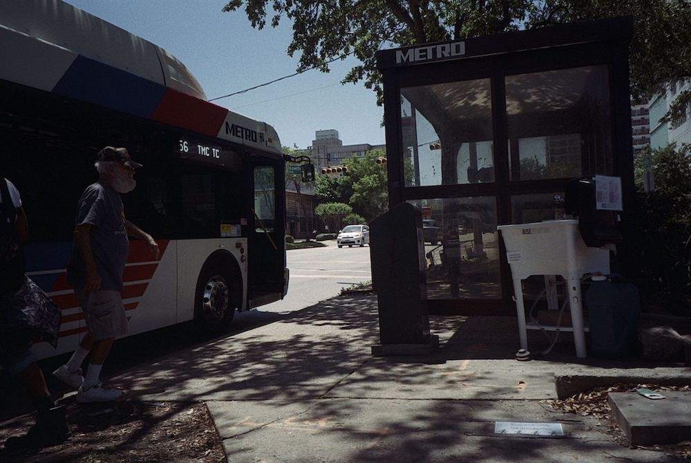 cody-swann-photo-381-bus-stop-sink-5