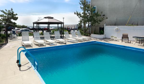 Mayfair Hotel Pool