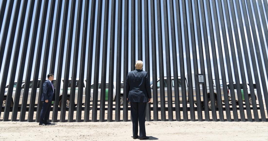 Trump recrudece medidas contra migrantes; pide que sean excluidos del censo para reconfigurar al Congreso y recluye a niños en hoteles