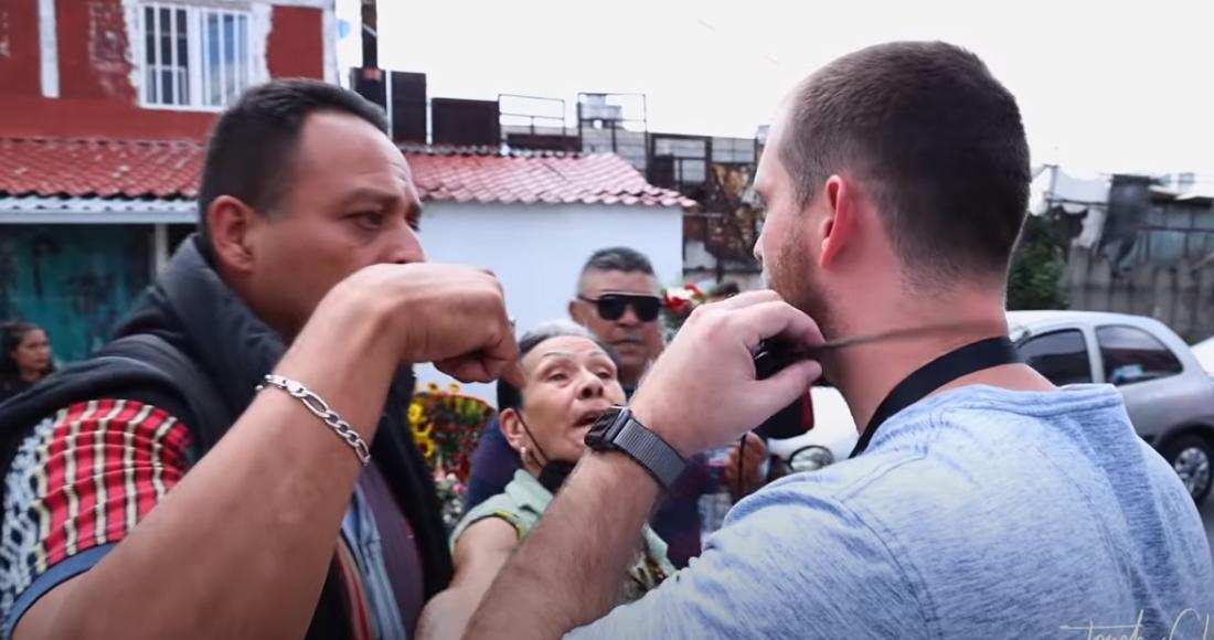 Cristiano confronta en Tepito a seguidores de la Santa Muerte y es echado del «barrio bravo» en segundos