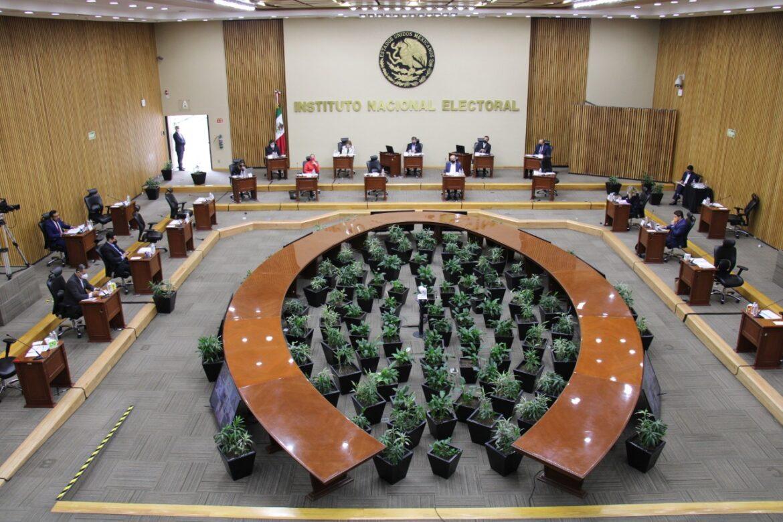 El INE organizará las elecciones intermedias y las de la dirigencia de Morena en medio del COVID-19