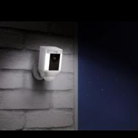 spotlight-cam-2.png