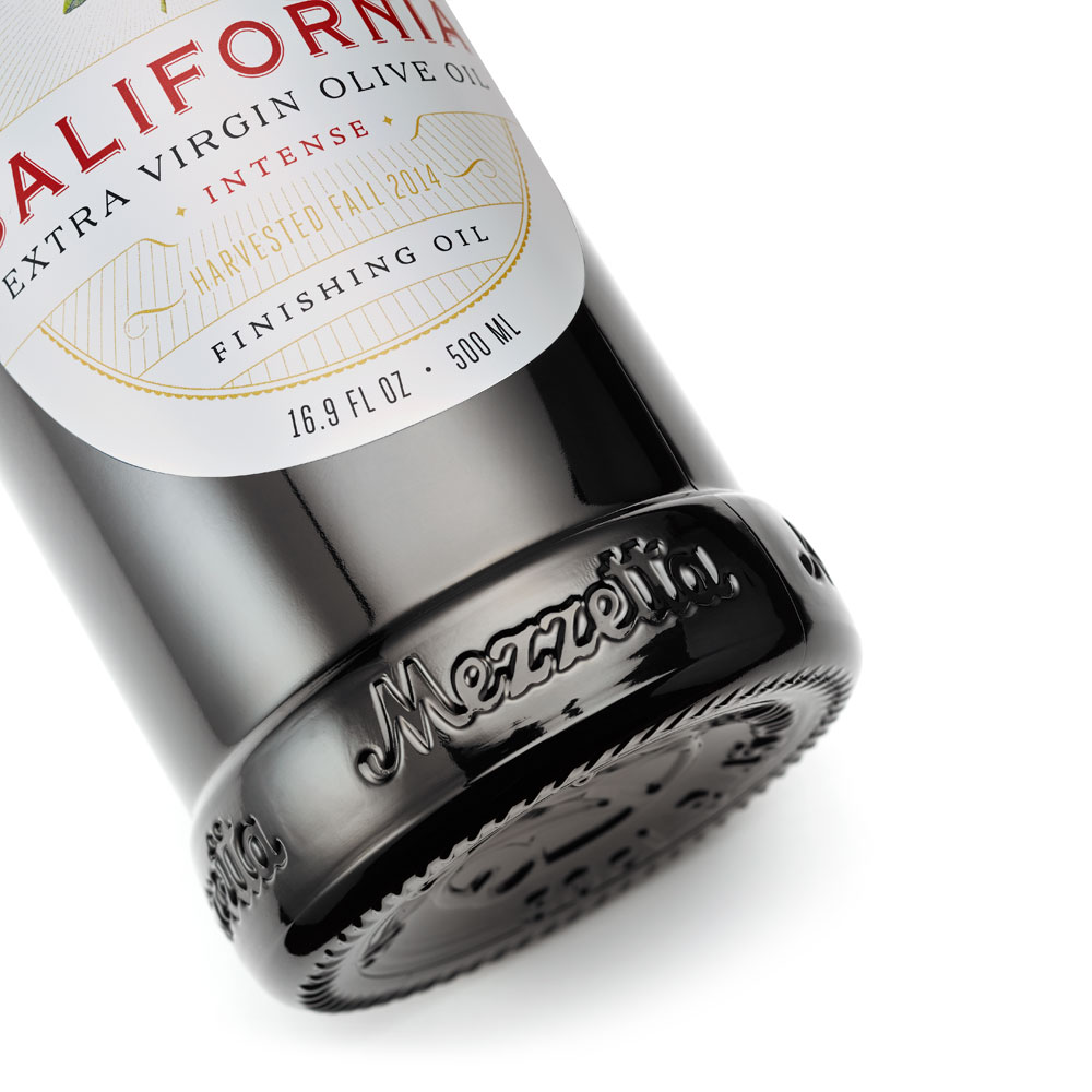 Mezzetta Bottle Detail