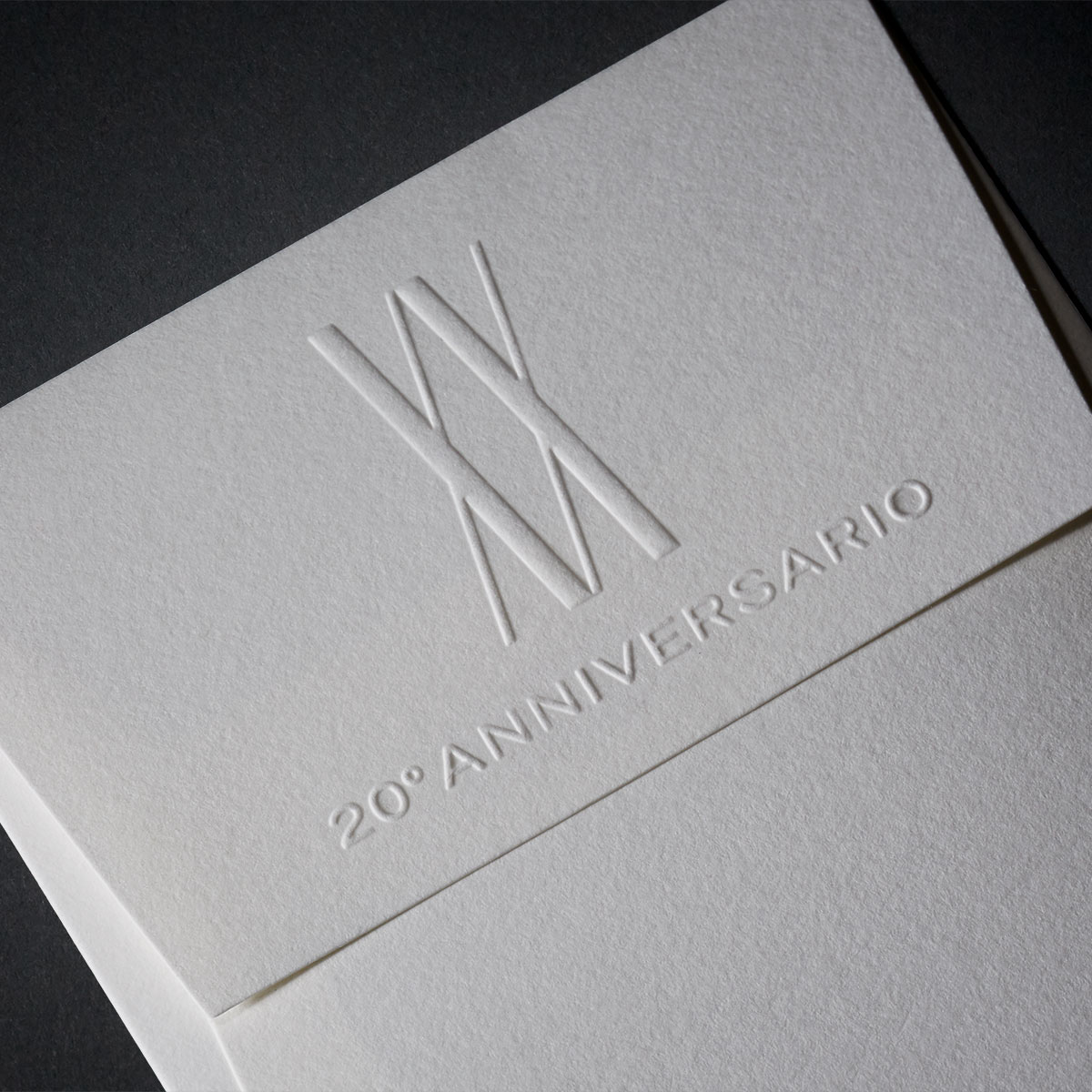 Ippolita brochure envelope