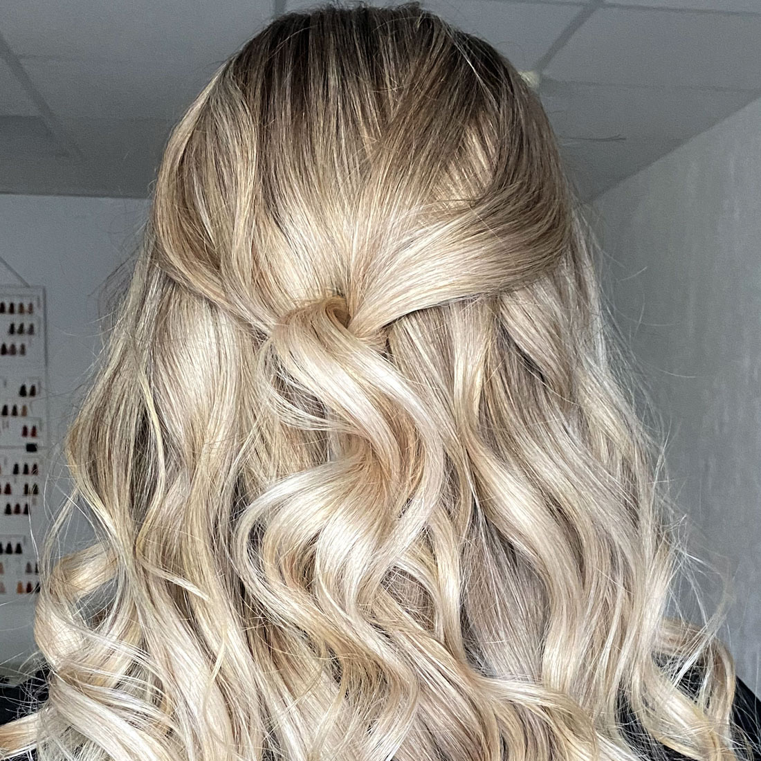 Long-blond-hair-with-balayage color