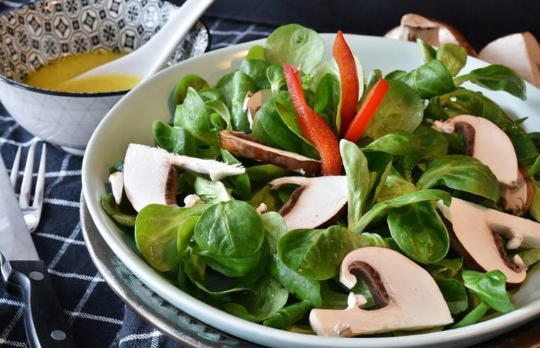 Lettuce And Mushrooms In A Bowl
