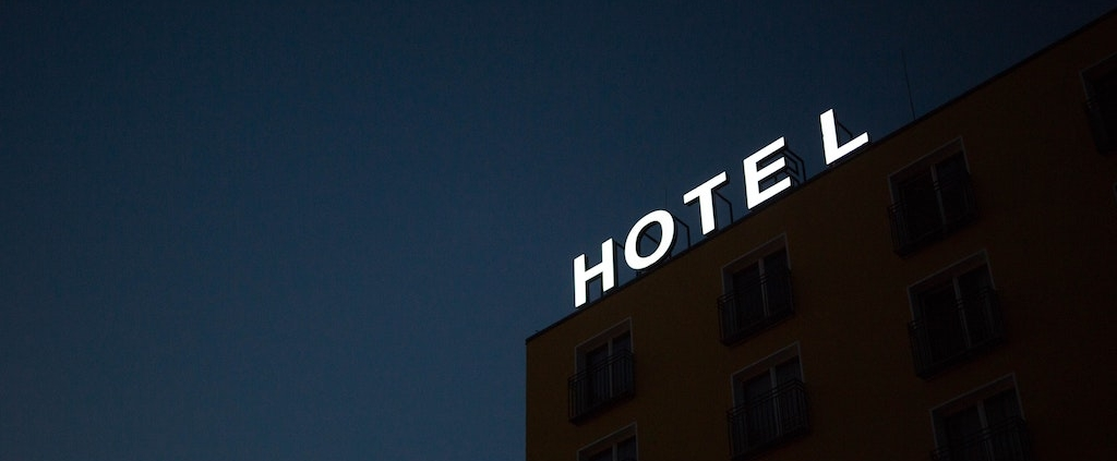 hotel-sign-at-night