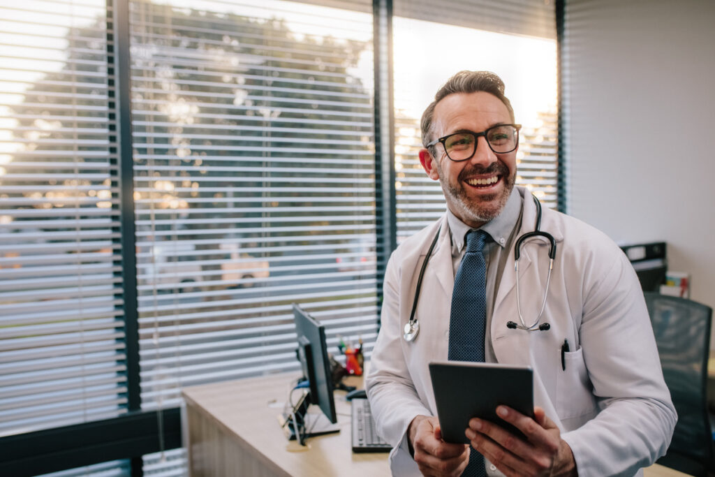understanding the benefits of remote patient monitoring for clinicians