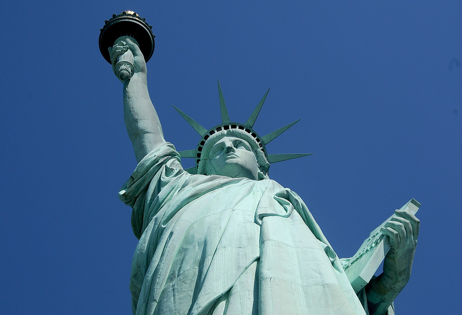 Trump's Muslim ban barring travelers, students, businesspeople, immigrants, refugees from seven countries makes a mockery of all the Statue of Liberty stands for © 2017 Karen Rubin/news-photos-features.com