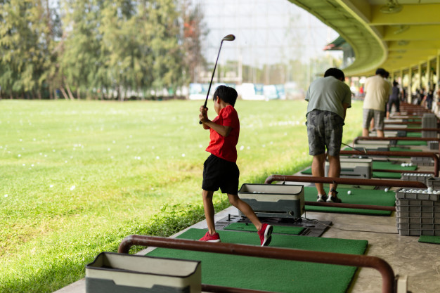 https://secureservercdn.net/104.238.69.231/tbs.145.myftpupload.com/wp-content/uploads/2019/09/practicing-golf-swing.jpg?time=1617908737