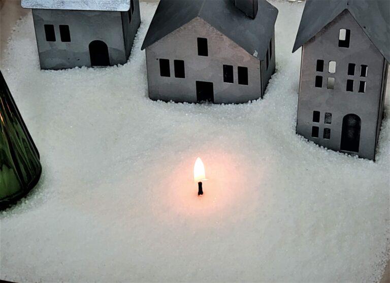 Christmas Village Candle Making Kit