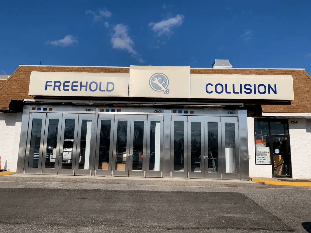 Free Hold Collision