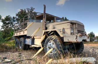 Rusty M35 REO military truck in Israel