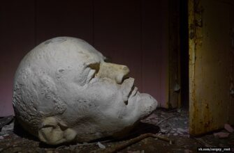 Abandoned History: Giant head from Lenin statues