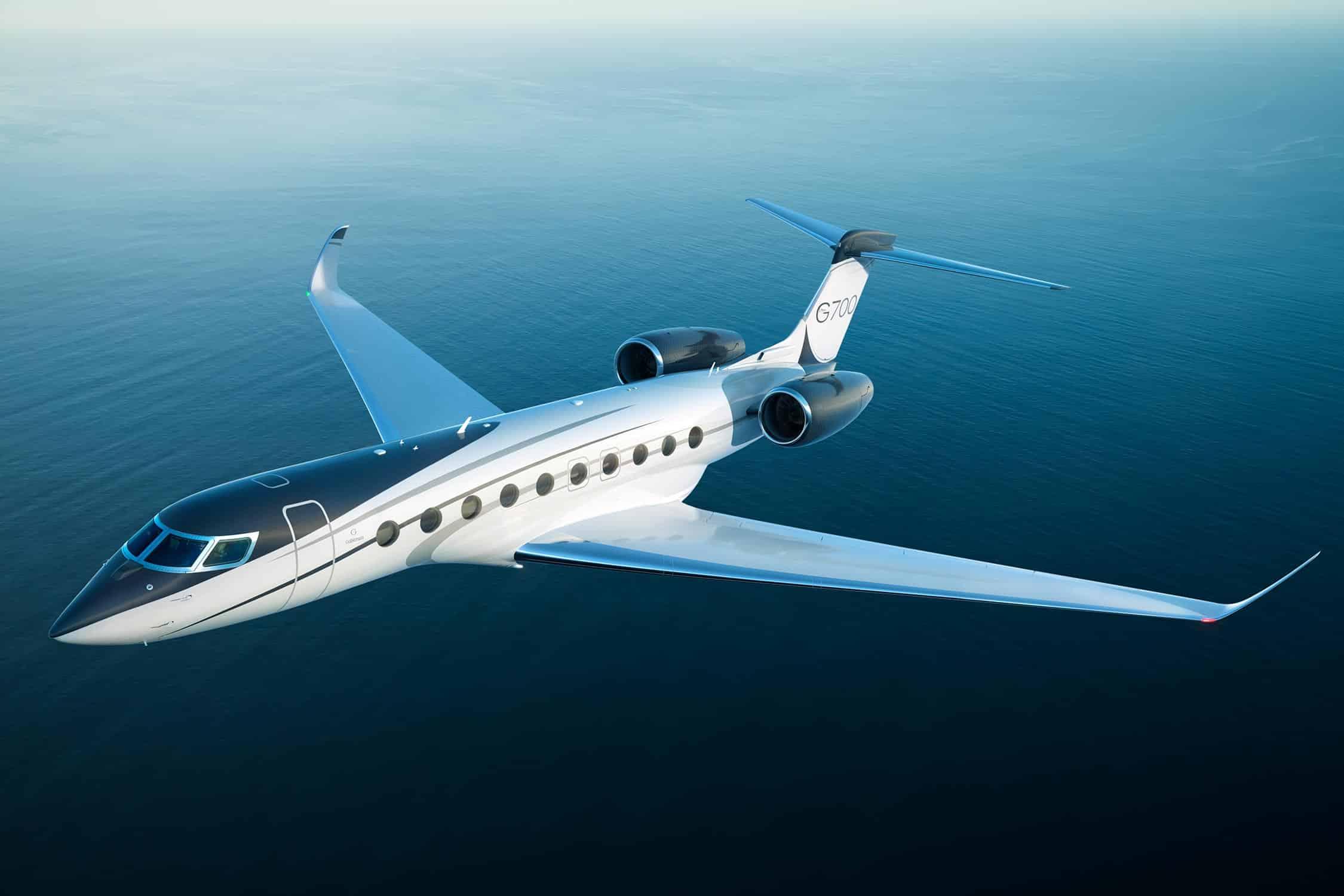 Gulfstream G700 Flying
