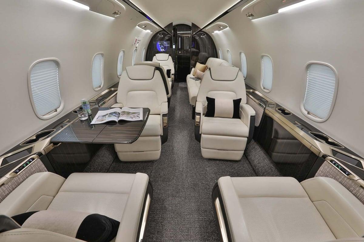 Bombardier Challenger 350 Interior