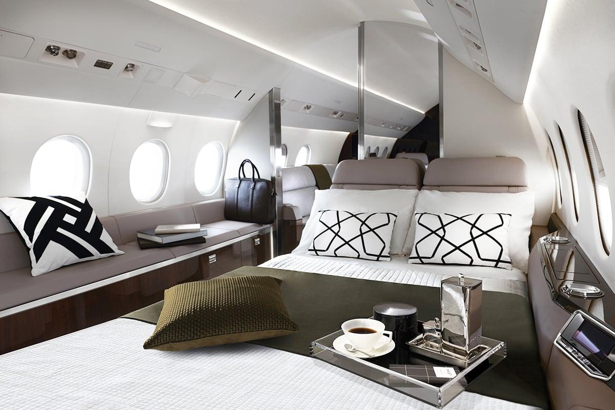 Dassault Falcon 900LX bedroom