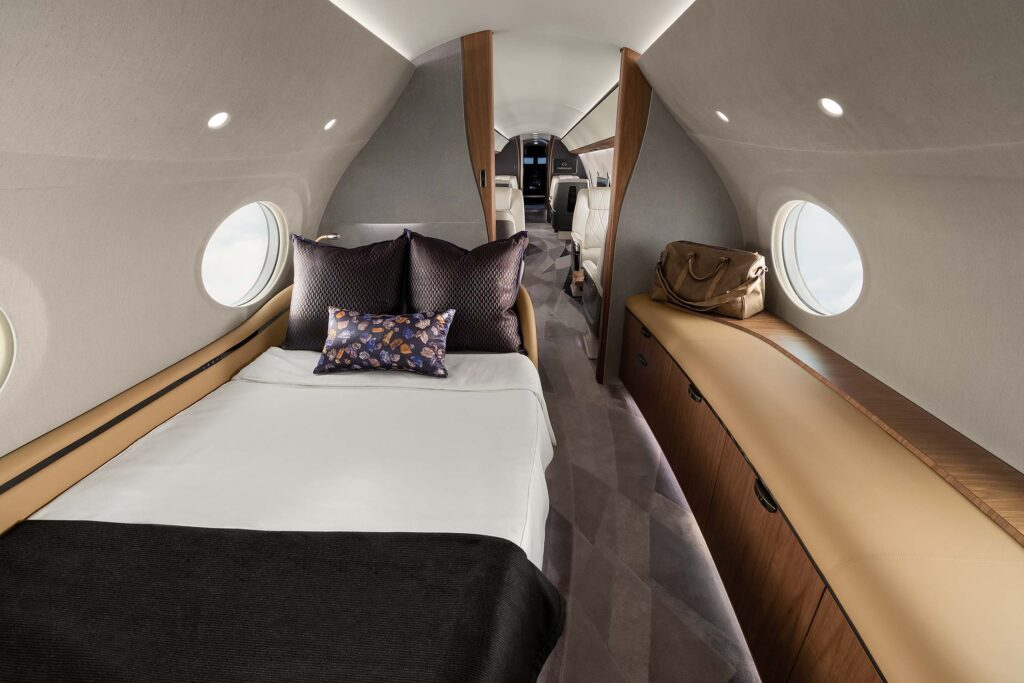 Gulfstream G700 Bedroom