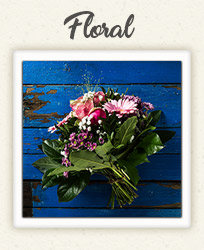 Beautiful rustic bouquet of wedding flowers