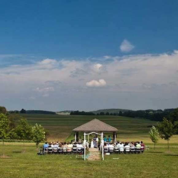 Weddings at Glades Pike Winery
