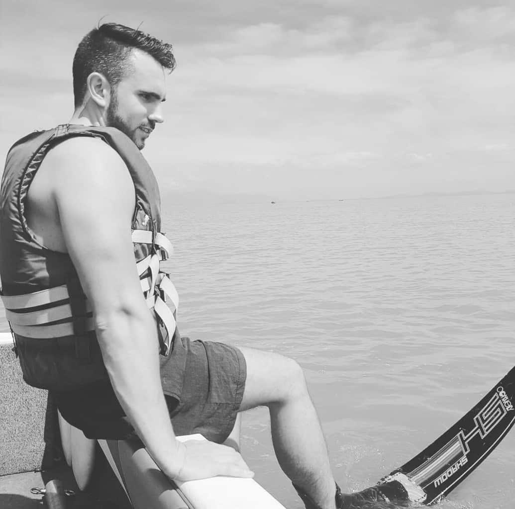 Ryan-slalom-water-ski
