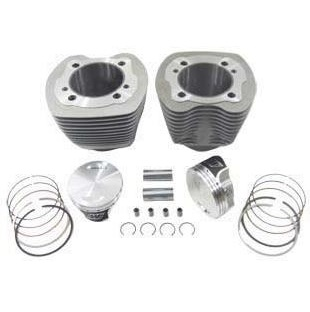 Harley Davidson Twin Cam cylinders with pistons and rings