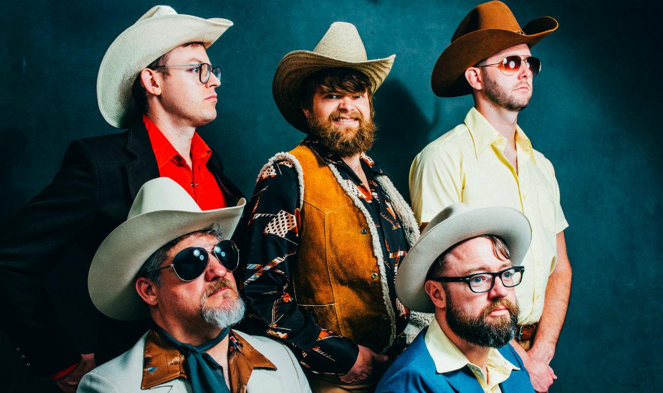 Feature Beachcomber Destin:  Remaking Bluegrass History – The Cleverlys