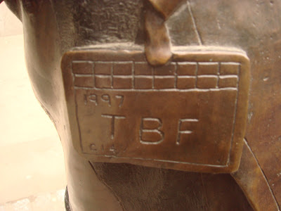 LIFFE statue clearing firm badge
