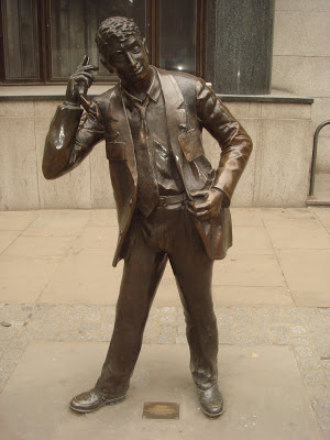 LIFFE trader statue