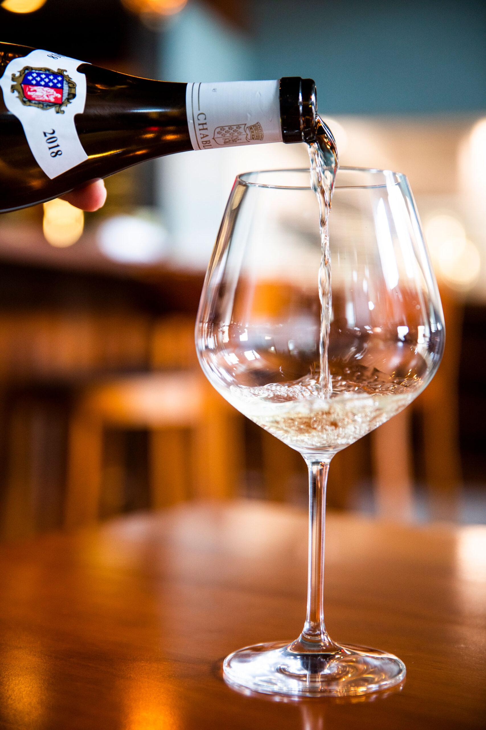 bicyclette-wine-pour