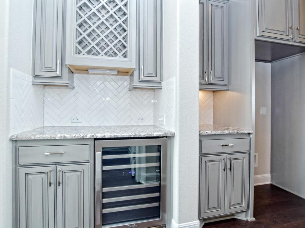 Butler's pantry and wine bar gray black glaze