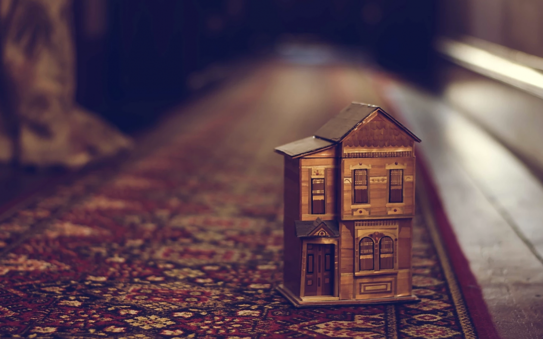 The art of downsizing: do you really want to paint that picture?