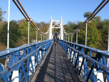 Teddington - the bridge at Teddington Lock.