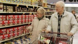senior-citizens-shopping