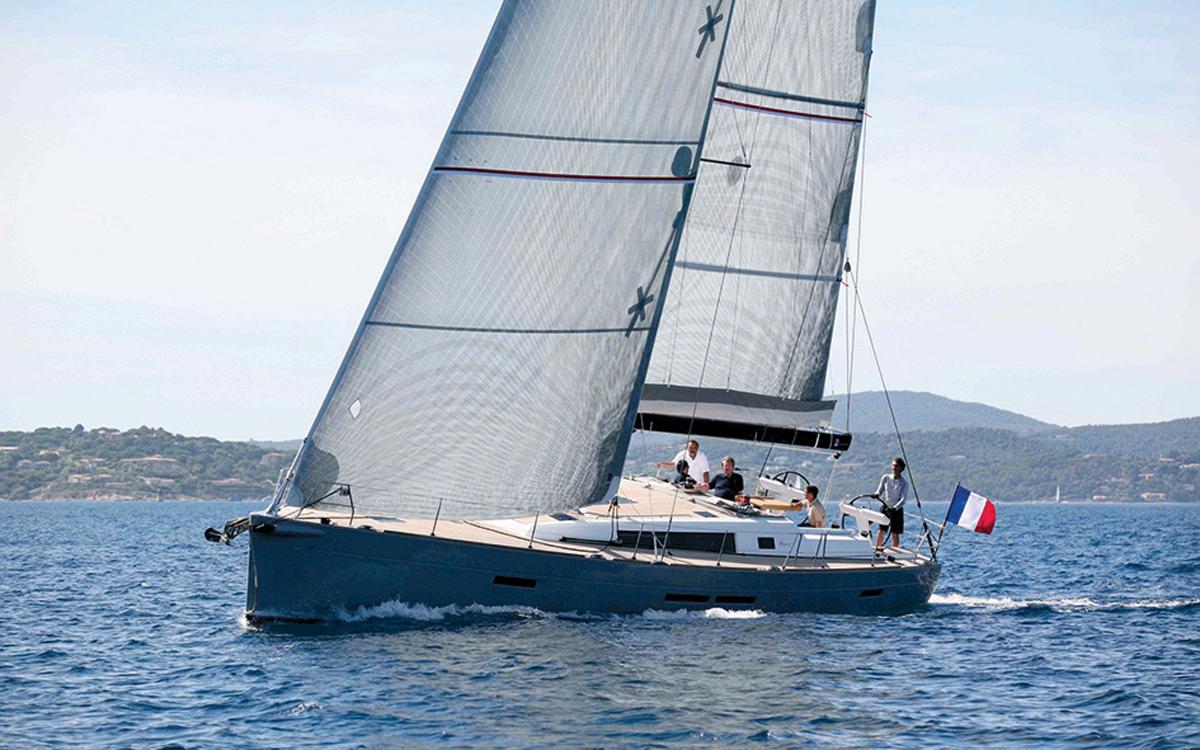 best-ever-bluewater-yachts-Wauquiez-Centurion-57
