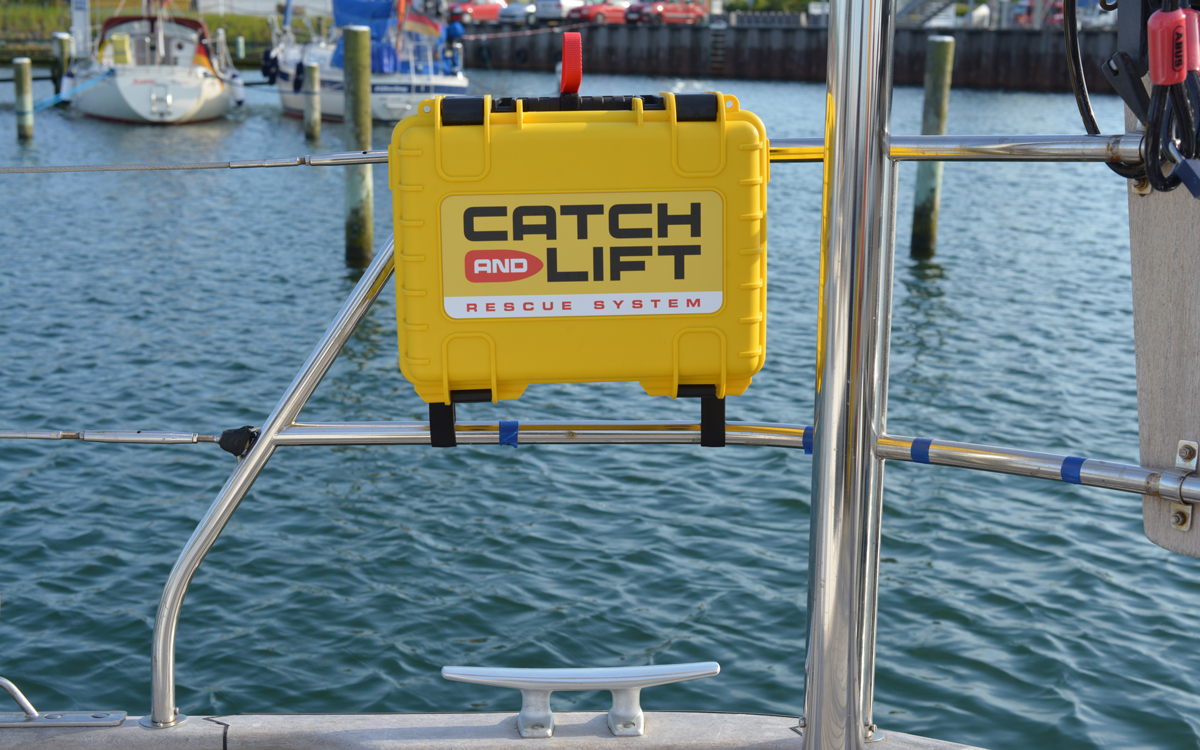mob-retrieval-gear-test-catch-and-lift-stowage