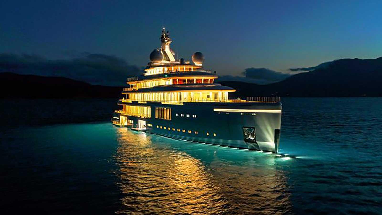 Fabulous €225,000,000 Benetti Superyacht Luminosity
