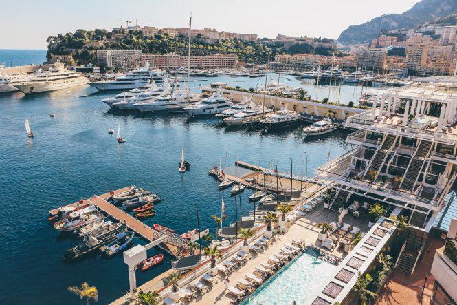 Brand new superyacht Arrow - the Mediterranean charter market Yacht charter on the French Riviera. Nick Karvounis 665x443 1 BB Yacht Charter Marbella