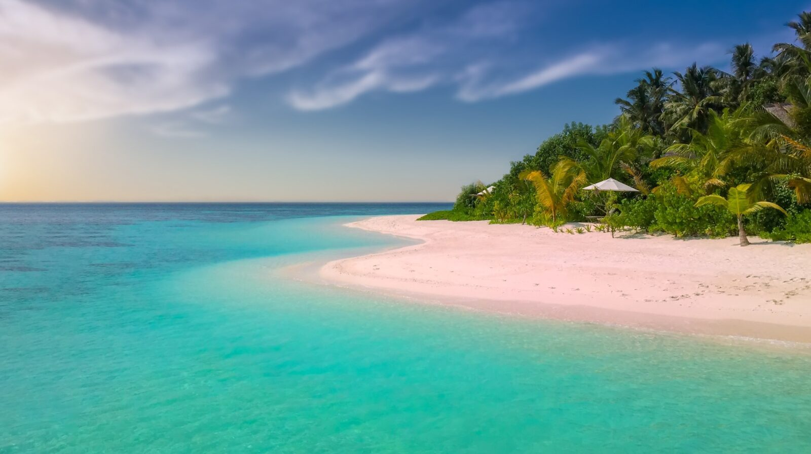 Breath-taking coloured beaches for your next luxury yacht charter