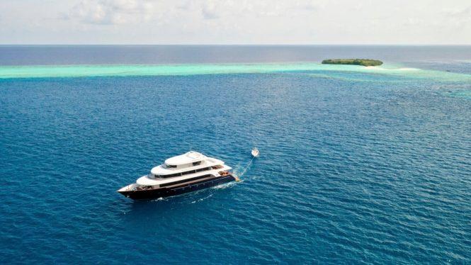Luxury motor yacht SAFIRA