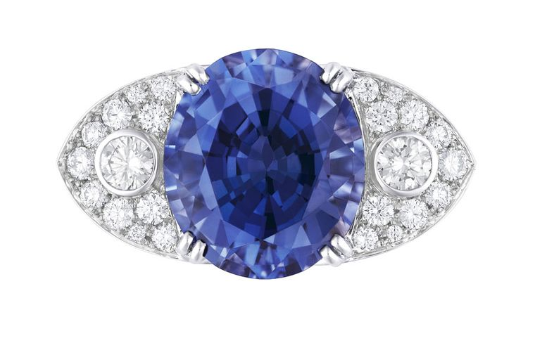 Louis Vuitton Voyage dans le Temps Dentelle de Monograme ring in white gold with a 8.66ct blue spinel from Vietnam and 2.53ct diamonds.