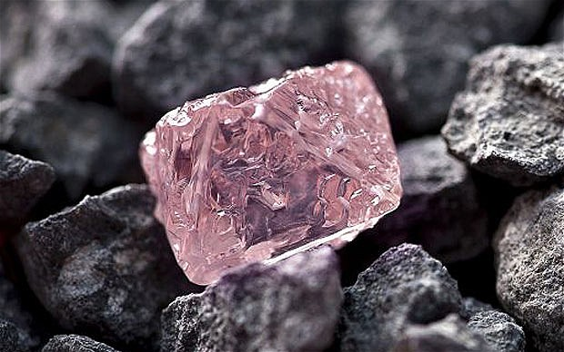 A 12.76 carat pink diamond, the largest of the rare and precious stones ever found in Australia, has been named the Argyle Pink