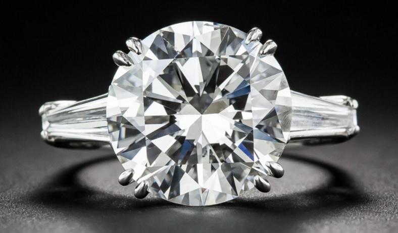 7.55 Carat Round Brilliant Cut Diamond Ring - GIA I-SI1