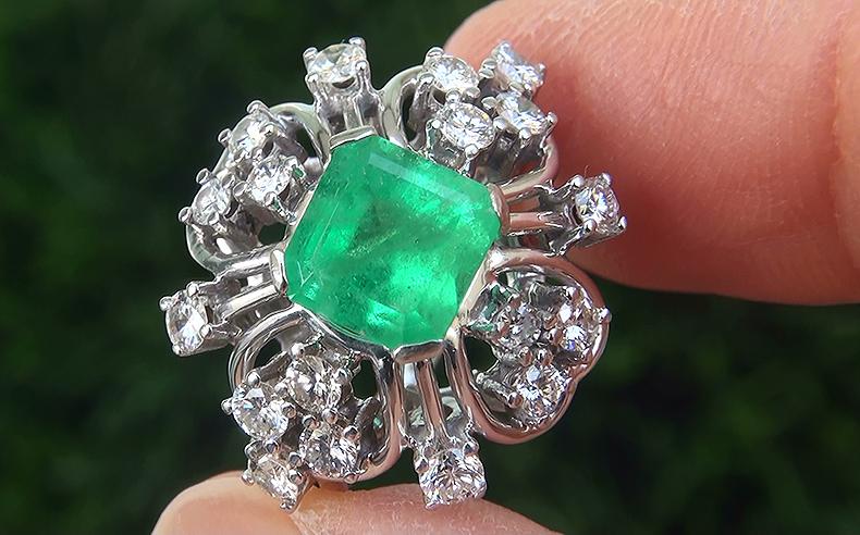 Estate 2.85 ct Natural Colombian Emerald Diamond 18k White Gold Ring