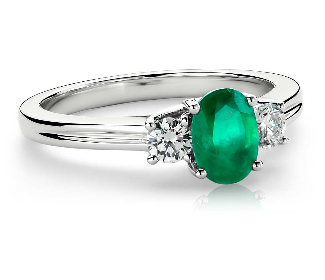 Emerald and Diamond Ring in 18k White Gold (7x5mm) $2,950