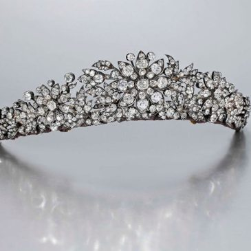 Important Questions To Ask About Tiaras
