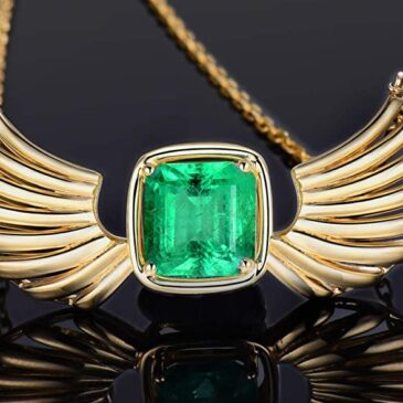 Gorgeous 14K Yellow Gold Natural Emerald Diamond Pendant/Necklace