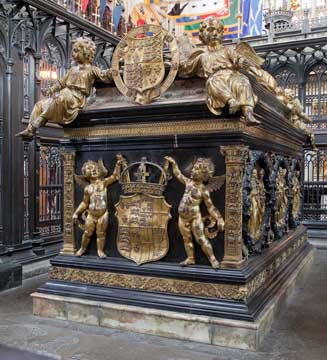 Henry VII tomb, Westminster Abbey. Detail east end with cherubs