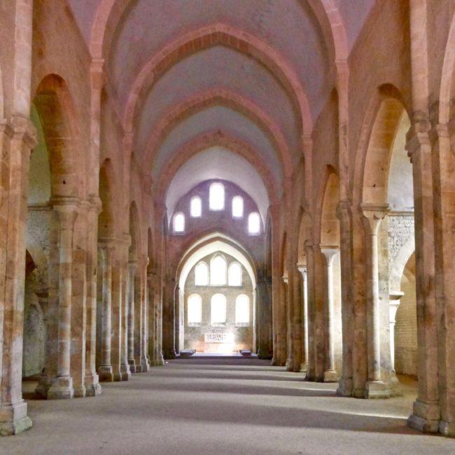 labbaye-de-fontenay-church-2-france-1