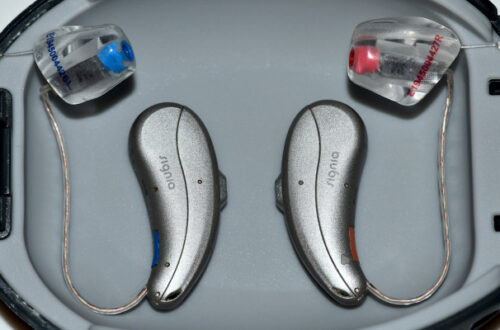 cleaning hearing aids